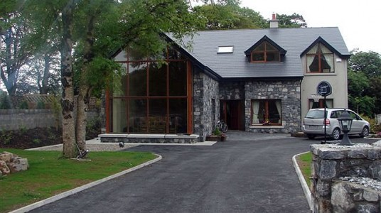 Suburban House in Clare